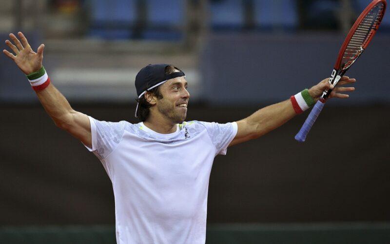 Coppa Davis, Lorenzi battuto: per lItalia tutto da rifare